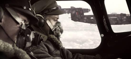 Die B-24 Bomberstaffel wird auf eine Mission über Deutschland geschickt © Pandastorm Pictures
